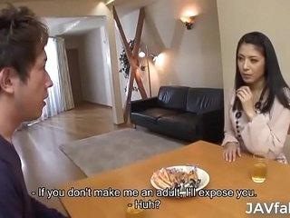 Milf Kana Aizawa fucks her son's band together